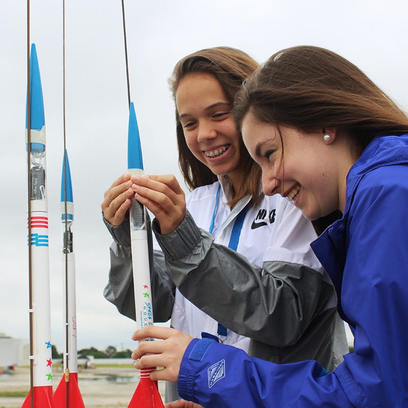 Students build & launch rockets