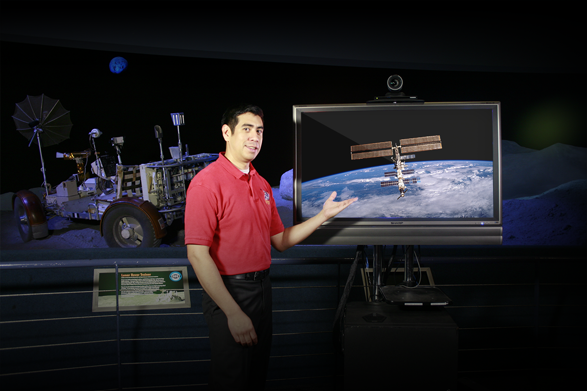 Distance learning with Space Center Houston.