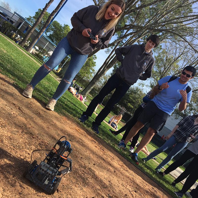 Roving robotics at Space Center U